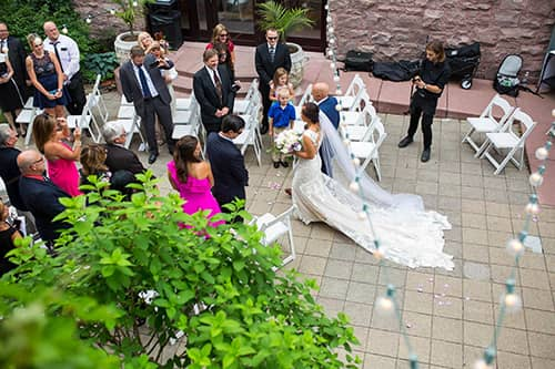 van-dusen-mansion-outside-wedding-ceremony228-s.jpg